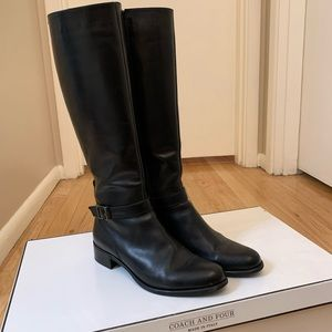 Coach and Four Women's Boots Sz 9.5